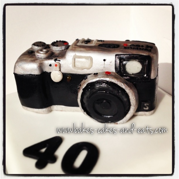 Bakes-Cakes-and-Eats-Fujifilm-X100s-Cake-Front