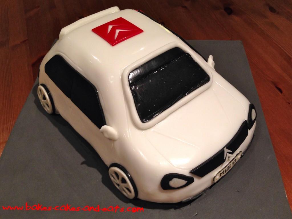 Bakes Cakes and Eats Citroen Saxo Cake